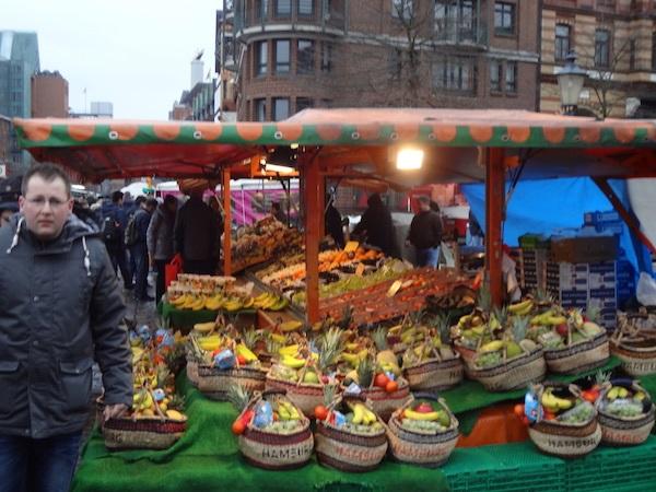 Photo 2 Cheryl Sunday Morning at the Hamburg Fish Market 16