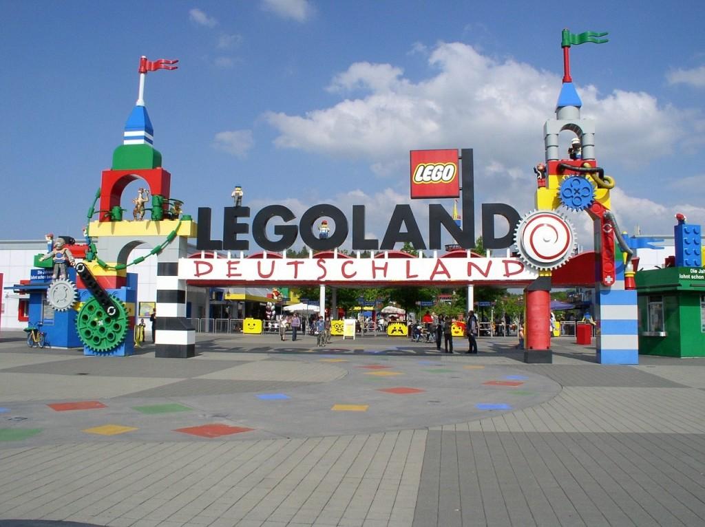 legoland-392128_1280 Pixabay Hermann Amusement Parks 16