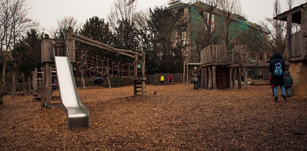 -0350 Gemma Frankfurt Zoo Animals and the City May 16