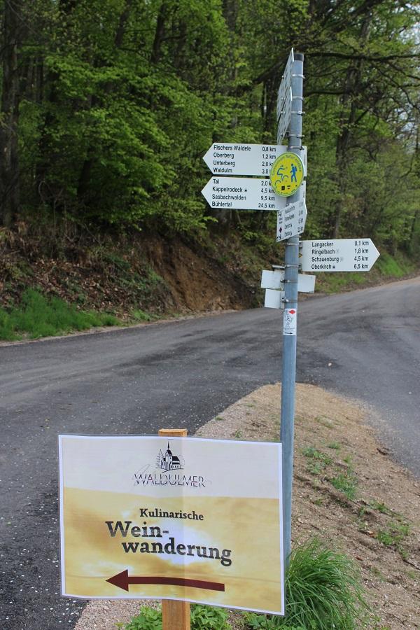 MIG - wine walk signage Wendy Wine Walks near Stuttgart May 16
