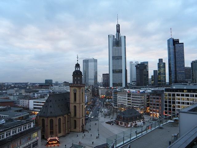 frankfurt-5015_640 Pixabay realist Discovering Frankfurt on Foot 16