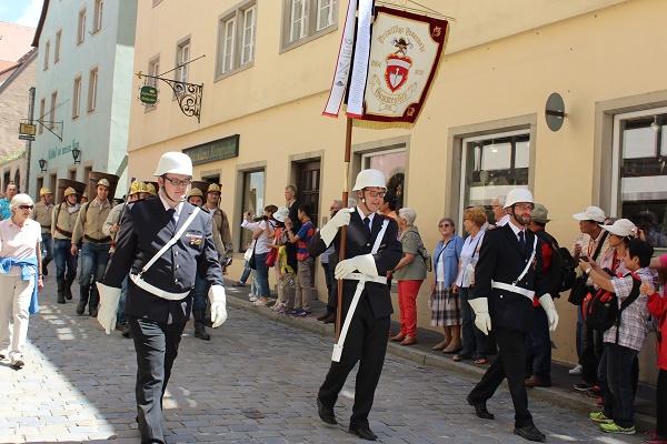 marching men Wendy Rothenburg ab der Tauber July 16
