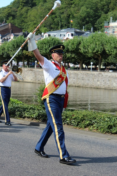 MIG - drum major Wendy The largest flower parade and festival in Germany August 16