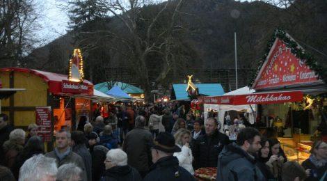 Market crowd 2 Kelly Bad Muenster Christmas Market